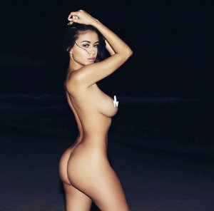 Vanesa busty escort girl in Echelon NJ