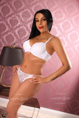 Adrianna escorts